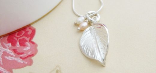 Autumn Leaf necklace at Guilty Necklaces