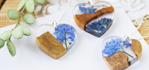 Forget-me-not necklace by Buttonsy Jewellery at Etsy