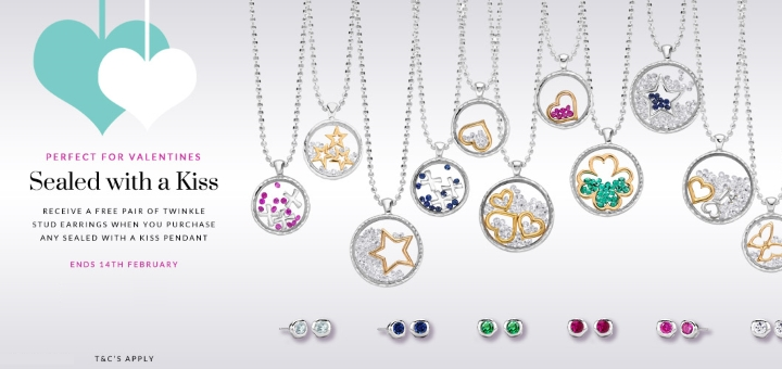 Which gorgeous pendant and earrings will you choose?